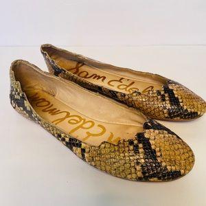 Sam Edelman Augusta Scalloped Snake-Emb. Flats